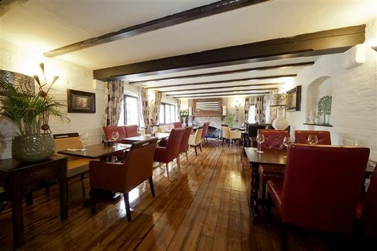 Roundabout Hotel: The Chiltern Room