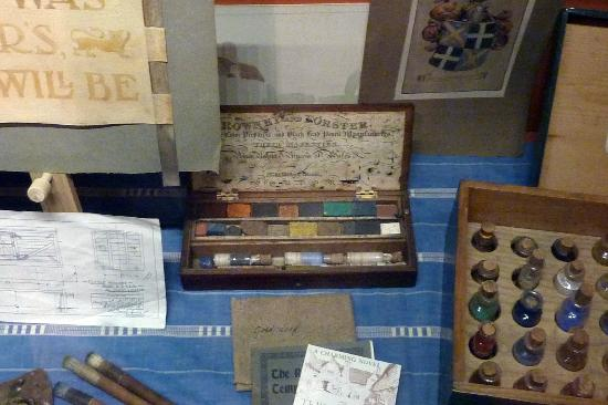 Snowshill, UK: Charles Wade's watercolour box and paintings