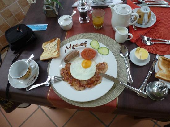 Carmichael Guesthouse: petit déjeuner très coieux