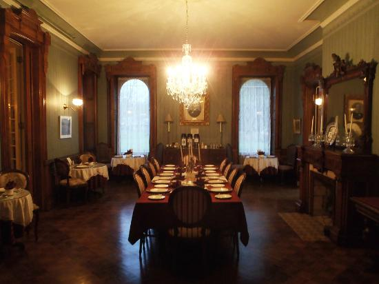 Batcheller Mansion Inn: Dining Room.  We sat at the far left table for two.