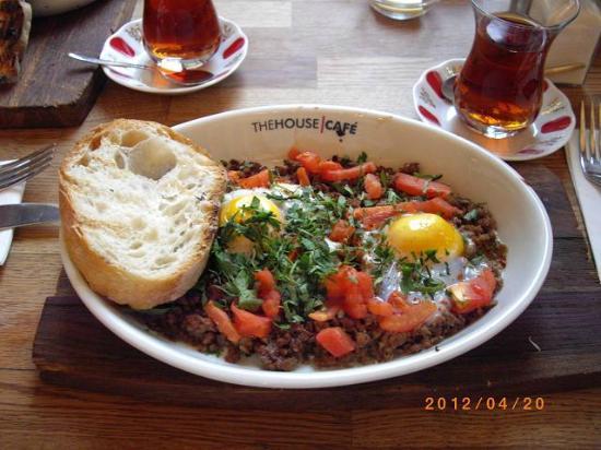 The House Cafe Tesvikiye : Hikiniku to Tamago