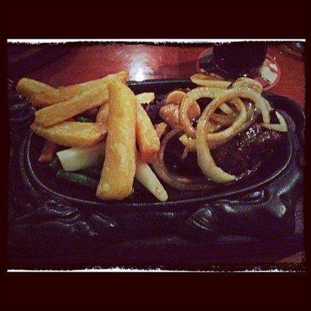 Gosha Bar & Restaurant: diana steak