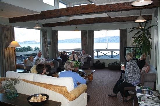 Lake Ohau Lodge: Lounge area