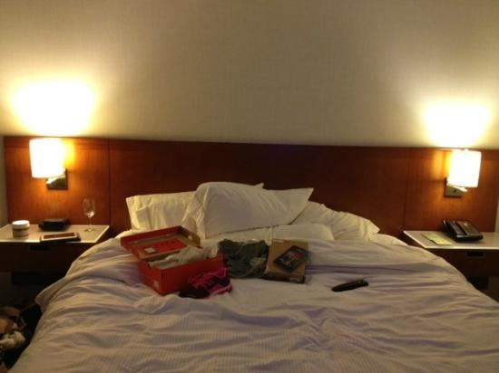 The Westin Edina Galleria: big plush bed!