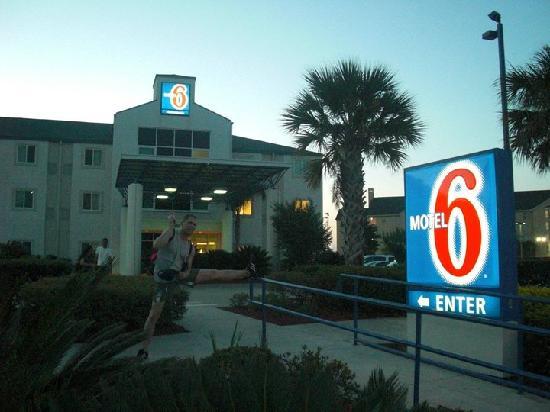 Motel 6 Orlando International Drive: Motel orlando en revenant du parc Universal Studio Orlando