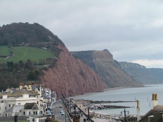 Sidmouth Harbour Hotel: The lovely Sidmouth cliffs