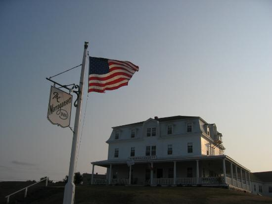 Narragansett Inn: Grand Old Dame