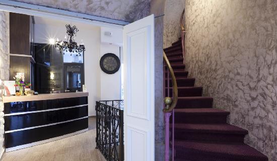 Hotel Sofia: reception et hall d' entrée