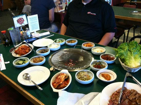 Mama's House Restaurant: The spread before we dug in