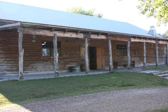 Grady's Line Camp Steakhouse: Front view of Grady's Line Camp