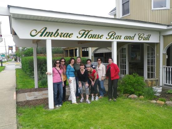 Ambrae House: Out front 2011