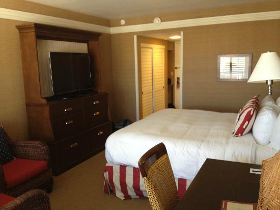 Portola Hotel & Spa at Monterey Bay: room 535