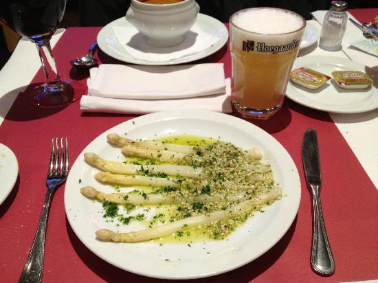 La Moule Sacree: Asparagus Flamande Style