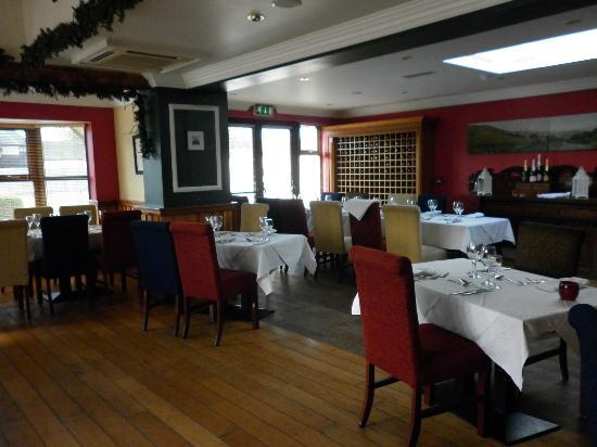 Bunratty Manor Hotel: dining room
