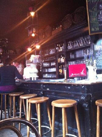 Thamer's: Die Bar