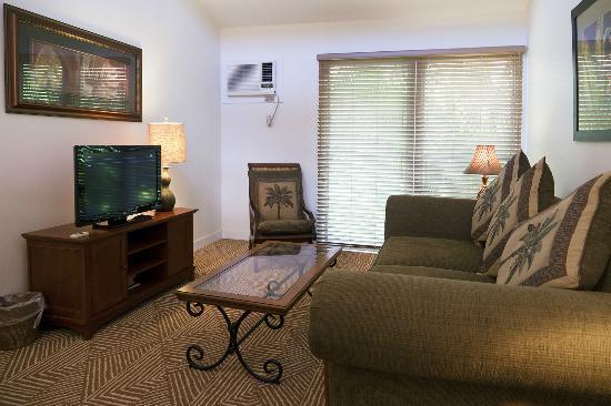 Aina Nalu : Living room
