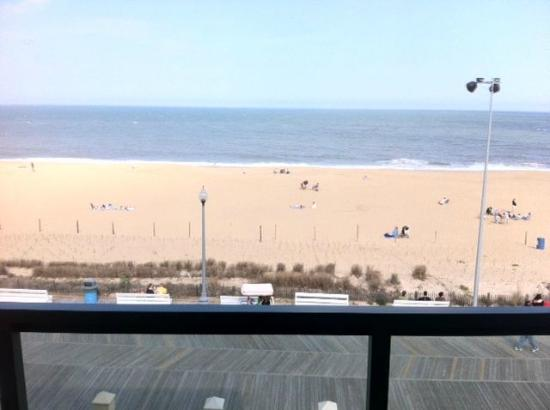 Atlantic Sands Hotel & Conference Center: View from Room 301
