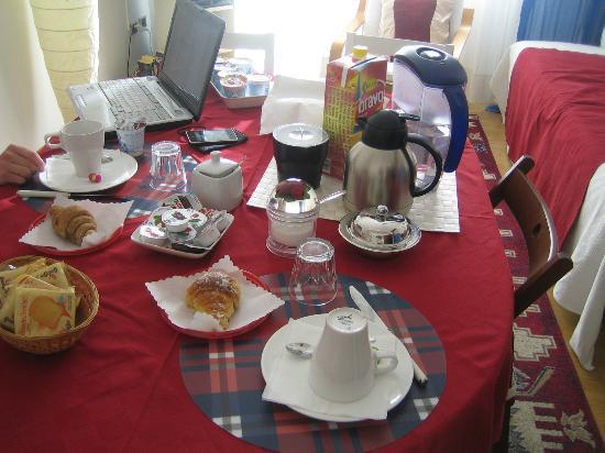 Da Maria Jose a San Pietro B&B: Breakfast