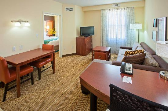 Residence Inn Louisville Downtown: One Bedroom Suite