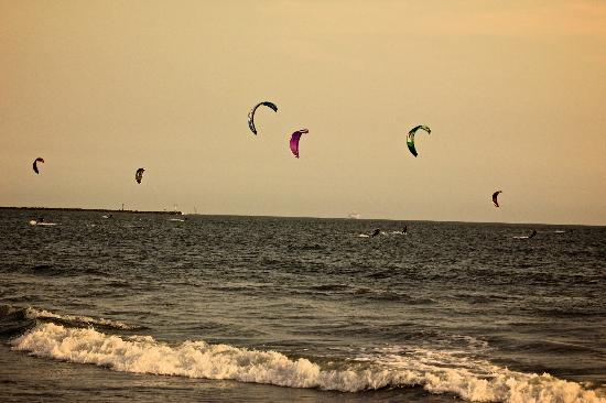Orange County Kitesurfing LLC : Seal Beach