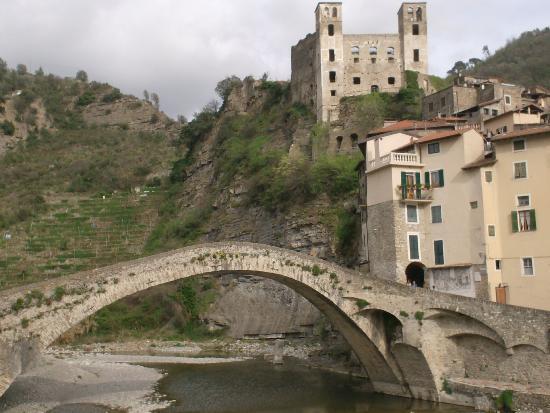 Italienske riviera, Italia: Veduta dalla strada principale