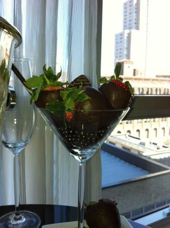 The Ritz-Carlton New York, Westchester: Surprise Chocolate covered strawberries for our Anniversary