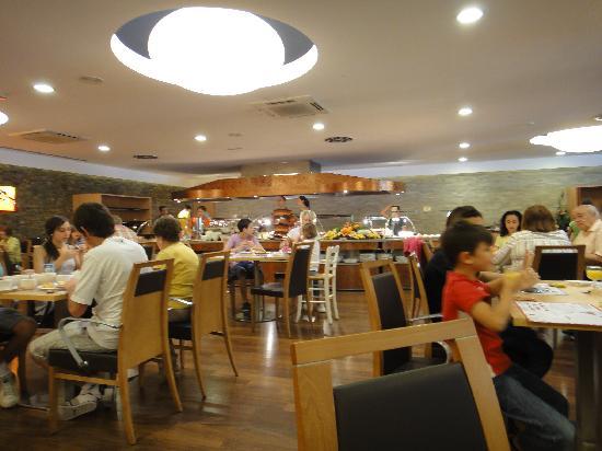 Novotel Andorra : café da manhã