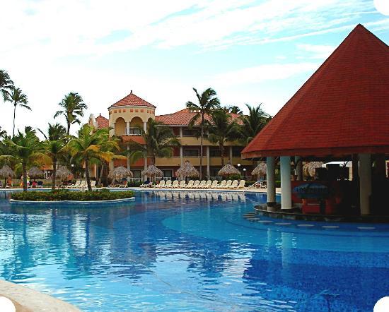 Luxury Bahia Principe Ambar Blue Don Pablo Collection: Beautiful Pool