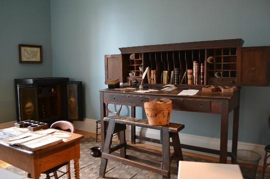 Old Capitol Museum : Treasurer's Office