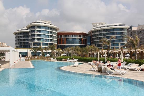 Baia Lara Hotel: Hotel building