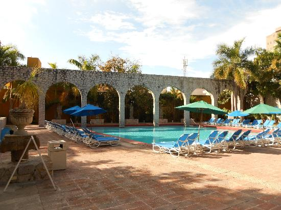 El Cid Granada Country Club : El Cid Pool