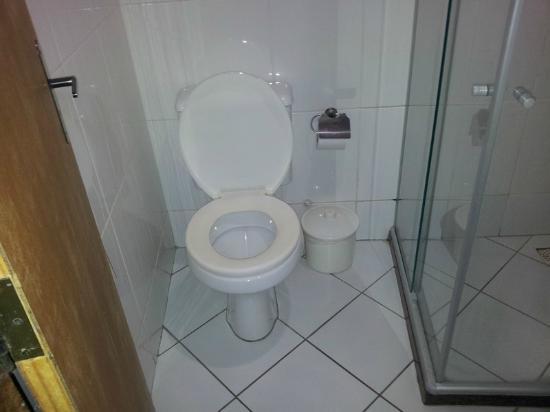 Pousada Solaris : Banheiro