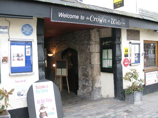 Entrance to The Crown at Wells