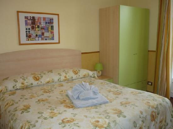 Inn Rome B&B: Double room with balcony