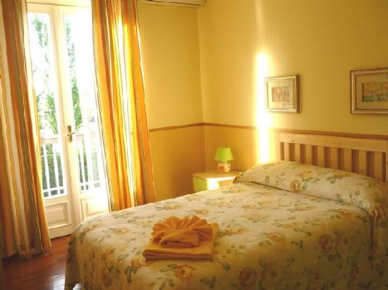 Inn Rome B&B: Single room with balcony