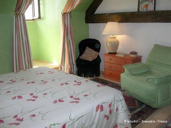 Le Taillet Chambres d'hotes en Bourgogne : chambre Verte