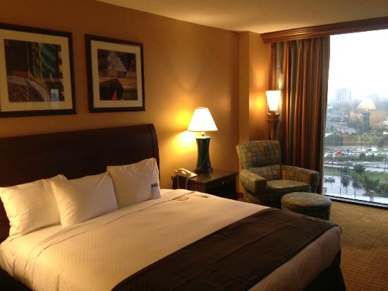 DoubleTree by Hilton Hotel Houston Downtown: Upgraded room seem to be standard.