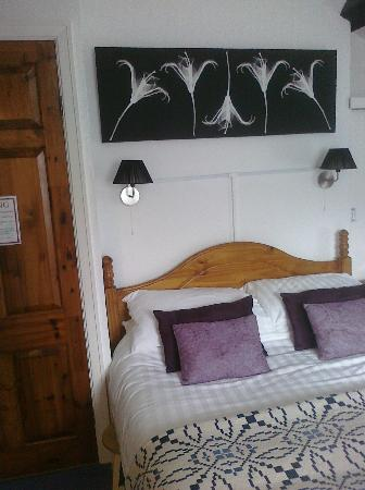 Four Poster Guesthouse: Room 2