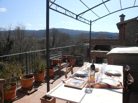 Taste Tuscany : Our lovely view as we lunched