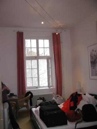 Apartment Hotel Konstanz: Quarto