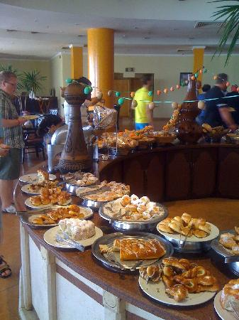Grand Seas Resort Hostmark: Breakfast sweeties