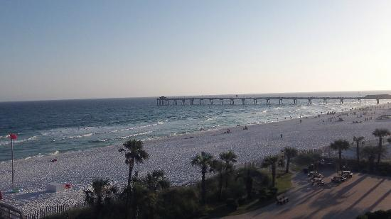 Ramada Plaza Fort Walton Beach Resort/Destin: View of local pier from my 5th floor room balcony