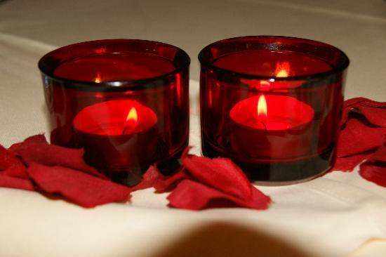 Maiers Hotel Oststeirischer Hof: Kerzen Sorgen Für Romantik