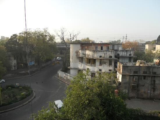 Hotel Arpit Palace : It doesn't look like it but it is a very good location