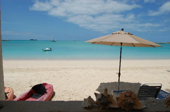 Fernandez Bay Village: Beach