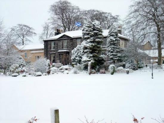 Garvock House Hotel: Snowy Garvock Saltire