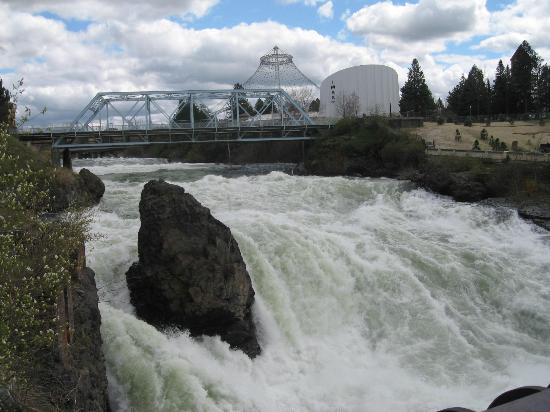 Downtown Spokane : Spokane River Falls