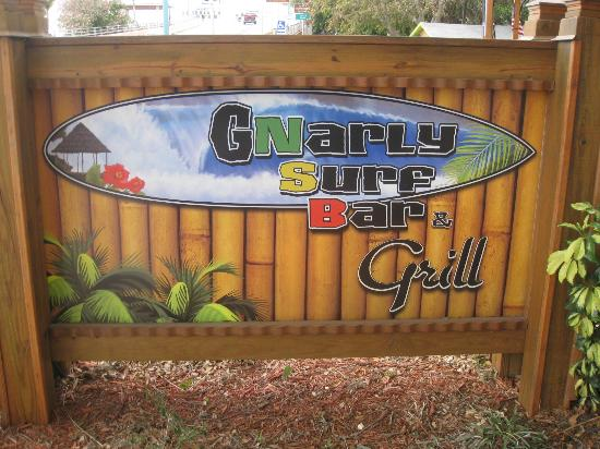 Gnarly Surf Bar and Grill: The place to eat in NSB