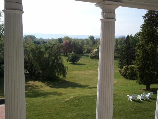 Rosemont Manor: Byrd's Study View From Room