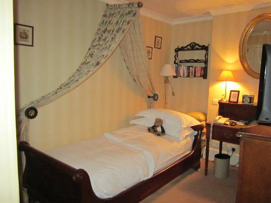 Draycott Hotel: The Redgrave Room, with the bed made up for sleeping.